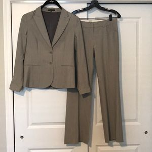 Theory light gray suit - excellent condition!